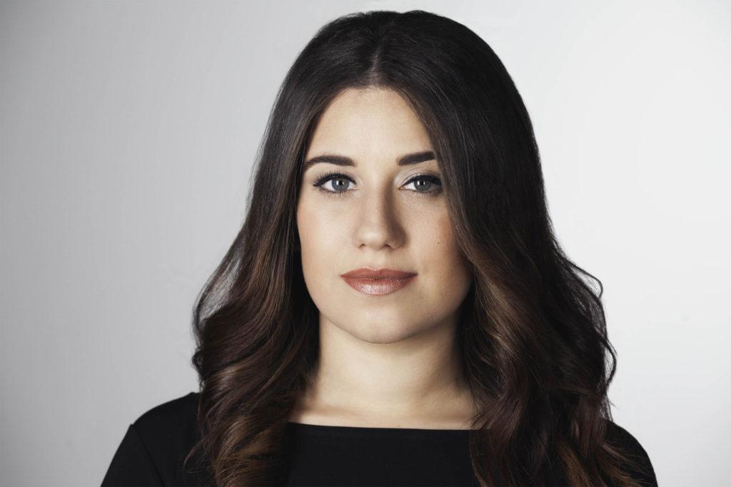 Amanda Caban Soprano Headshot