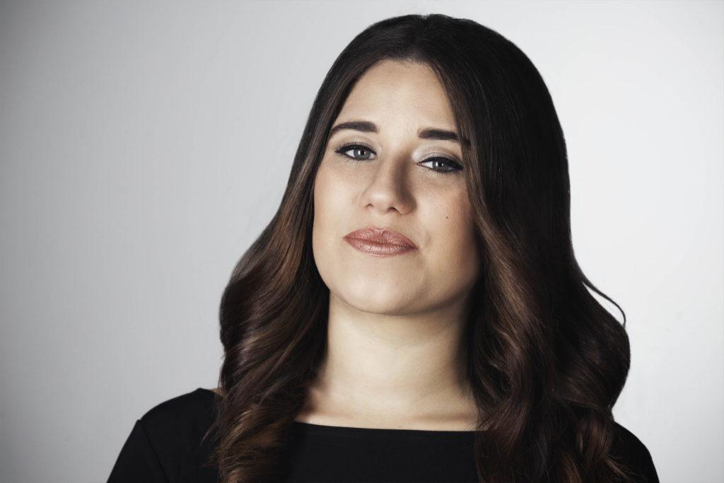 Amanda Caban Soprano Singer Headshot